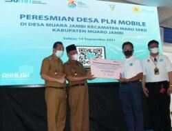 Wagub Resmikan 100% Penggunaan PLN Mobile di Desa Maro Sebo, Muaro Jambi