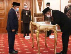 Lantik Komisaris dan Direktur, Gubernur Al Haris Minta PT. JII Kompetitif dan Profitable